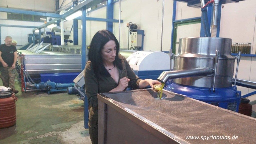 Spyridoulas erste Qualitätskontrolle des Olivenöls