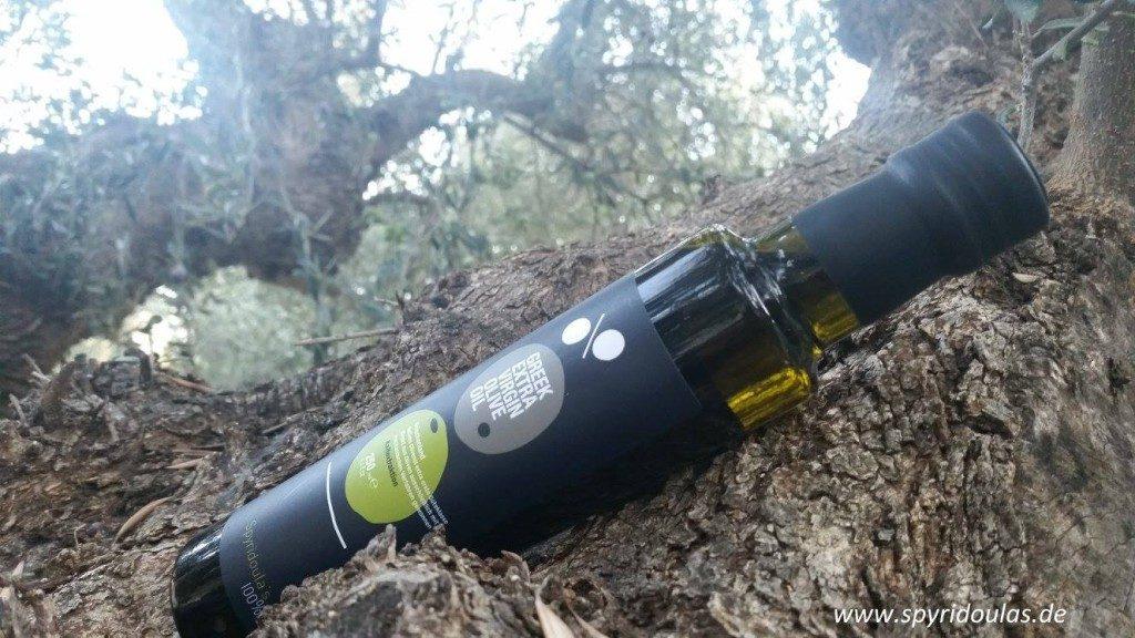 Spyridoulas Olivenöl in der Flasche