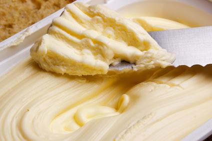 Foto von Margarine in Verpackung