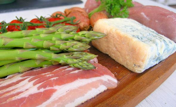 Zutaten Schweinemedaillons mit grünem Spargel und Gorgonzola-Sahne-Sauce