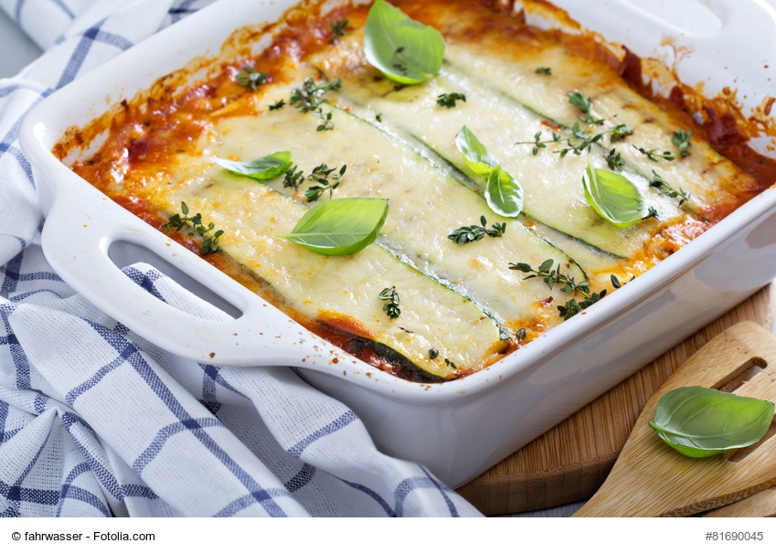 lchf k sst italien zucchini lasagne lchf gesundes leben mit low carb high fat. Black Bedroom Furniture Sets. Home Design Ideas